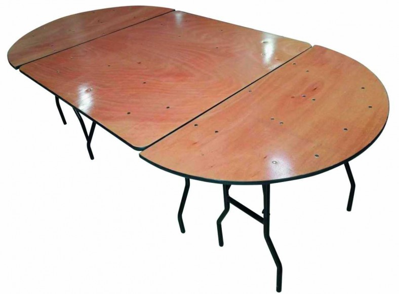 Table ovale ( 160 X 450 ) 14 / 18 personnes maxi 22